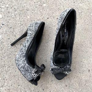 Bourne Shoes 39.5 Peep Toe Bows Heels Pumps Tweed